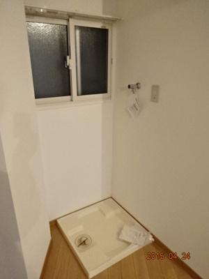 室内洗濯機置き場の防水パン 蛇口はオートストップ機能付き