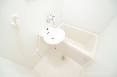 【浴室】グレイスコート六番館