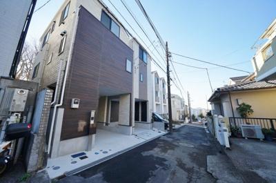 【前面道路含む現地写真】保土ヶ谷狩場町全2棟 新築戸建て