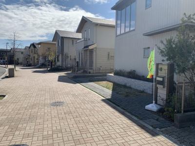 【前面道路含む現地写真】神戸市垂水区舞多聞西2丁目 中古戸建