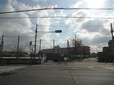堺市立日置荘西小学校 244m