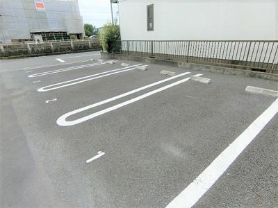 【駐車場】メゾンミドリ