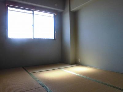 和室は広さ6帖です。
