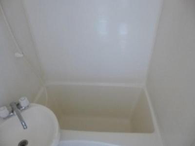 【浴室】ヴィラ・フェザント