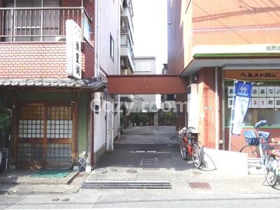 【エントランス】アパートメントシバタ2