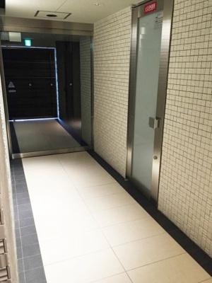 【ロビー】アドバンス京都西院パルティーレ