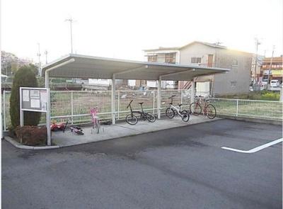 駐輪場完備♪