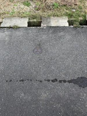 【前面道路含む現地写真】小古曽六丁目 土地