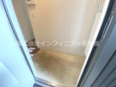 【玄関】メゾンドコリーヌ