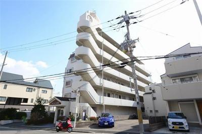 JR住吉駅より徒歩9分 徒歩圏内にはスーパー、教育施設もあり、生活環境の整った立地です。