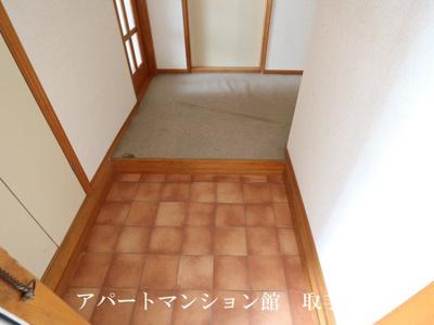 【玄関】サンラフォーレ井野