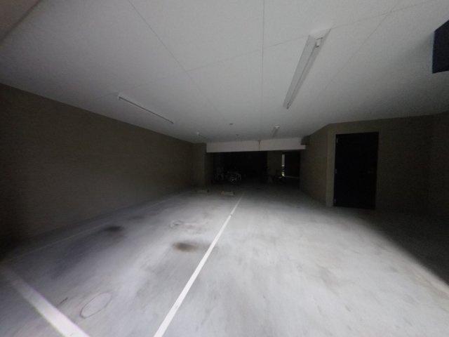 【駐車場】築浅ハイクラスレジデンスが17,000円で入居可能!