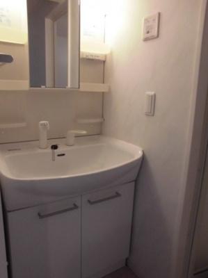 アールグレイAの独立洗面台