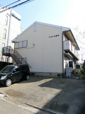 ブルーライン「仲町台」駅より徒歩6分!1フロア2住戸の2階建てアパート♪コンビニが近くてちょっとしたお買い物に便利です◎