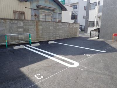 【駐車場】エルグランディA Ra South