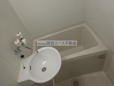 【浴室】レオパレス善根寺