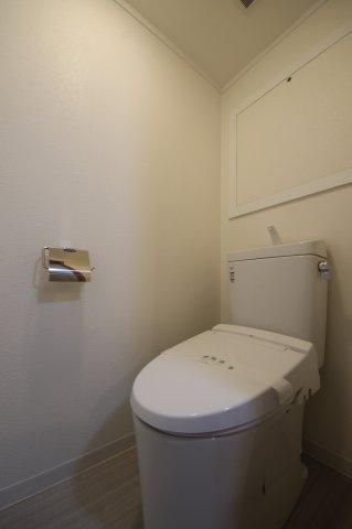 トイレINAX製新品を設置しました