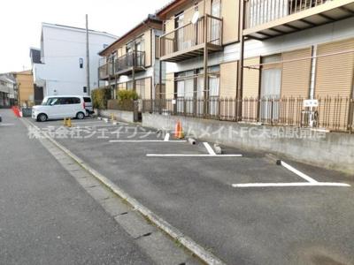 【駐車場】栄ハイム1