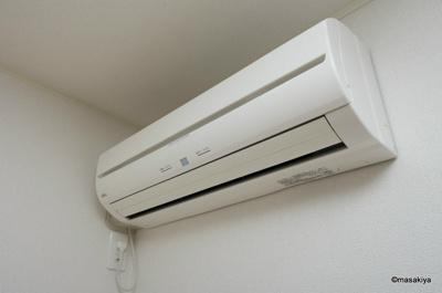 エアコン 2台付きです。
