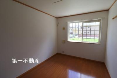 【寝室】プラムガーデンハウス