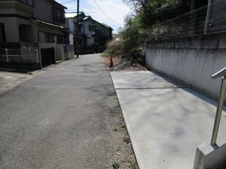 千葉市中央区矢作町 新築一戸建て 千葉駅  閑静な住宅地ですので、安心して駐車も可能です!