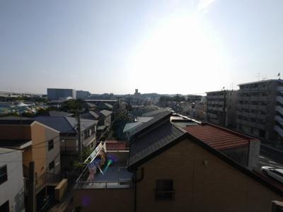バルコニーからの眺望・西向きです。