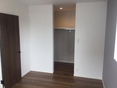 2階東南側洋室