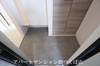 【玄関】メテオール・スクエア