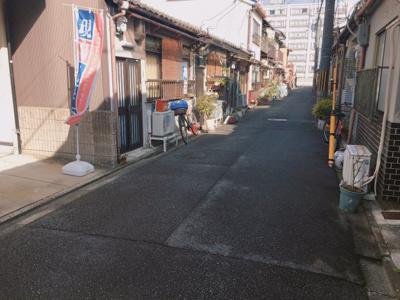 【前面道路含む現地写真】南区東九条明田町 中古戸建