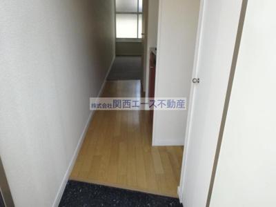 【玄関】レオパレス菱屋西