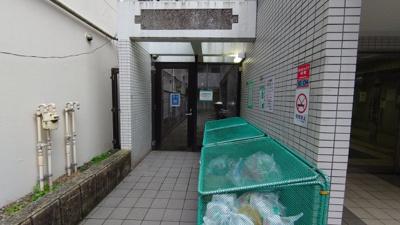 【エントランス】ホーユウパレス吉野町