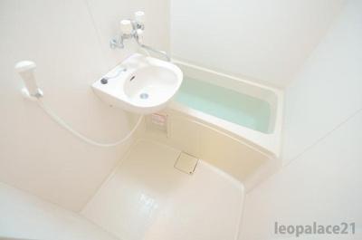 【浴室】レオパレスクレスト