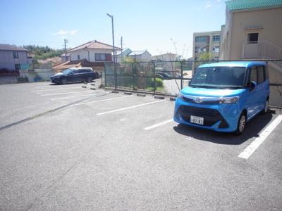 【駐車場】サンフレンド長坂