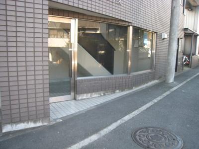 【エントランス】梶ヶ谷アネックス