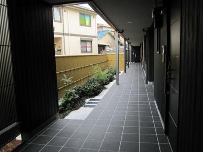 【ロビー】シャーメゾン城ノ坂