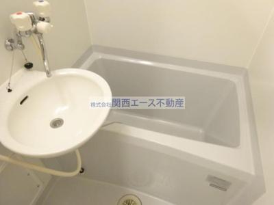 【浴室】レオパレスchuTTi