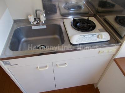 グレースミーナのコンパクトなキッチンで掃除もラクラク(同建物・別部屋参考写真)☆