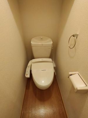 【トイレ】レオパレスラピスラズリ高井田