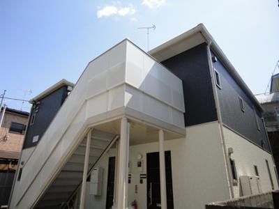 【積水ハウス施工の賃貸住宅シャーメゾン】グリーンライン「高田」駅より徒歩圏内♪緑豊かな住宅地にある2階建てアパートです♪