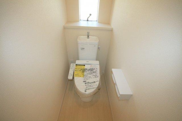 同等仕様設備 2階トイレ