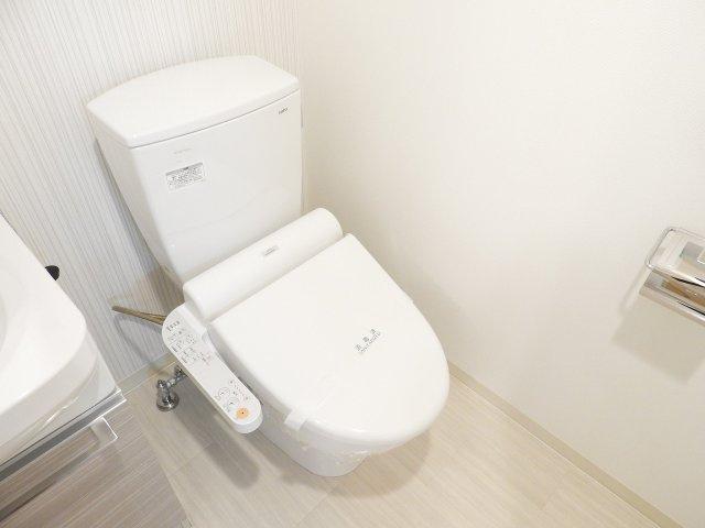 【トイレ】レジュールアッシュ梅田NEX