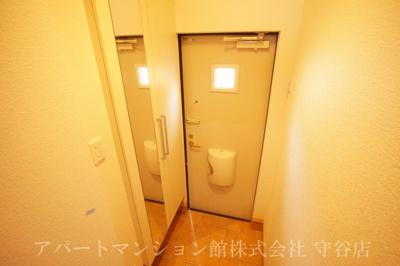 【玄関】パームガーデンA