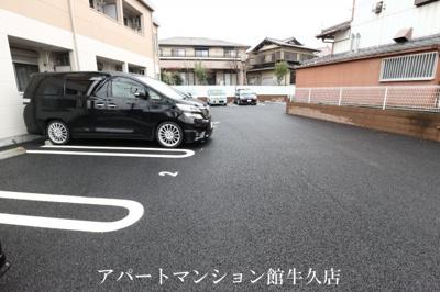 【駐車場】グランシャイン