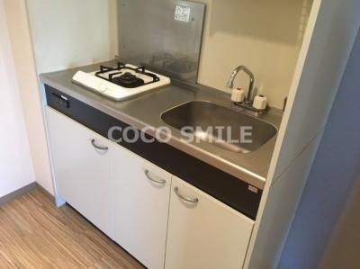 コンパクトなキッチンで掃除もラクラク 【COCO SMILE】