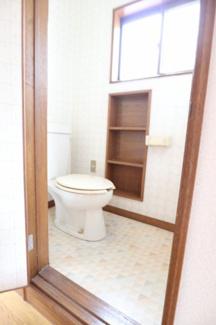 2階トイレです。2020年3月7日 15:30頃撮影。