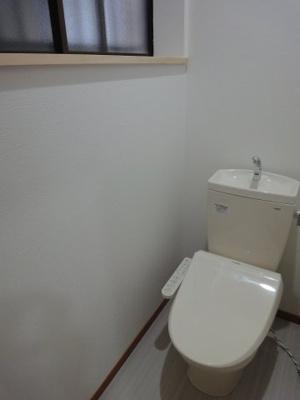 【トイレ】中古戸建 大東市三箇2丁目(昭和55年築)