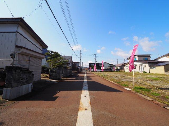 大仙市富士見町 B区画 花館小学校や大曲中学校、ショッピングセンターが近い便利な立地です!