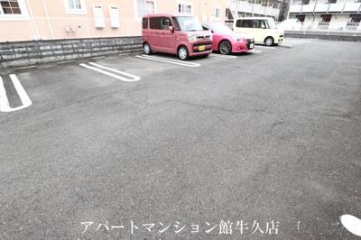 【駐車場】カーサプラートB