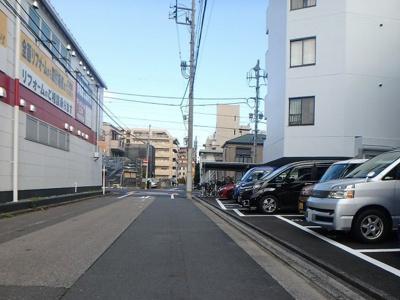 【駐車場】サンライフ並木