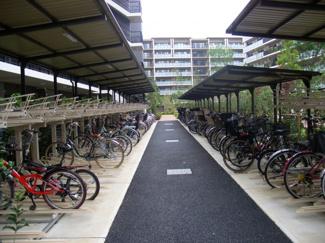 ザ・シーズンズグランアルト越谷レイクタウン ・自転車置き場